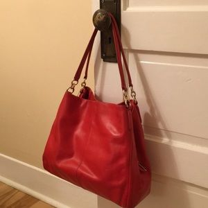 ✨Vintage Red Leather Phoebe Coach✨